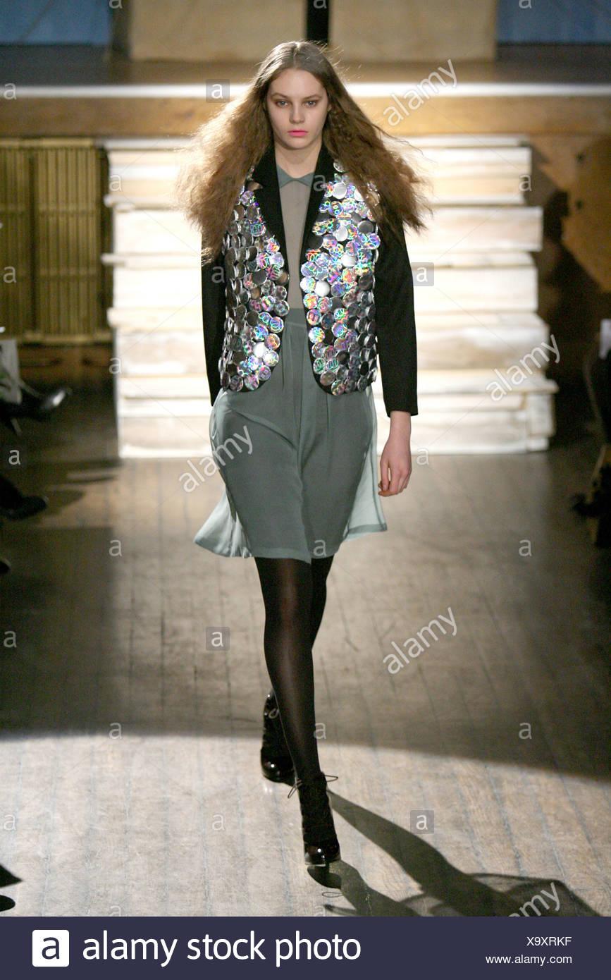Piece one stylish dress online shopping