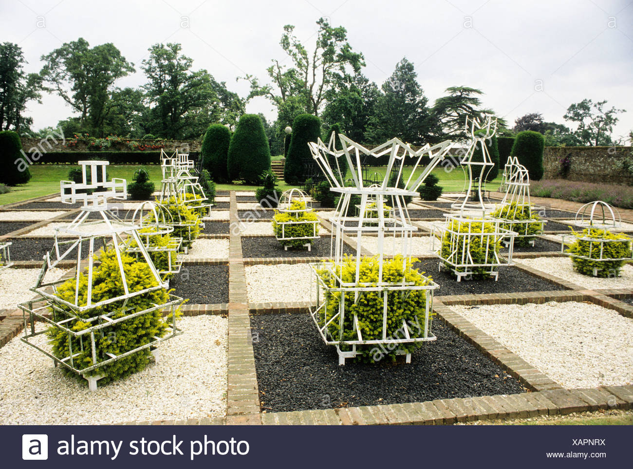 Topiary Training Frames Chess Set Board Brickwall House Sussex England UK  Garden Plants Design Stock Photo: 282012526   Alamy