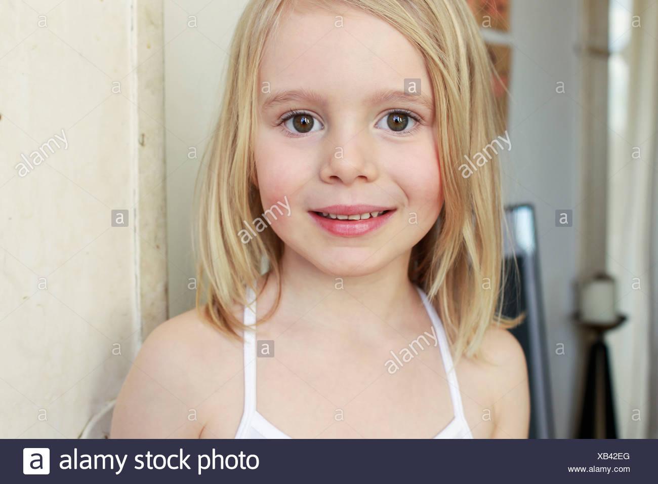 Cute teen fucked smiles cum on her