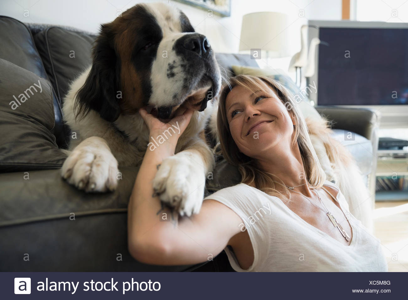 saint bernard cougar women Wow, 90 years old well, that certainly reassures me that it is possible to have a saint bernard as a companion as one gets older.