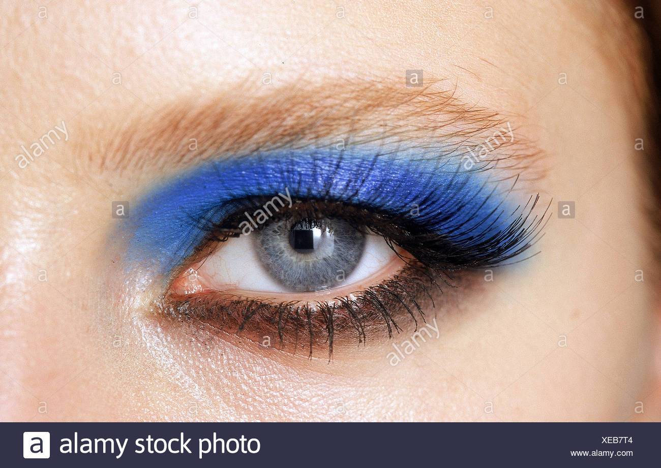 Backstage Paris Spring Summer Dior Close Up Eye Of Model With