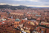 aerial-view-of-bologna-from-asinelli-tow