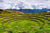 inca-circular-terraces-in-moray-in-the-s