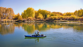 a-kayaker-on-the-deschutes-river-paddle-