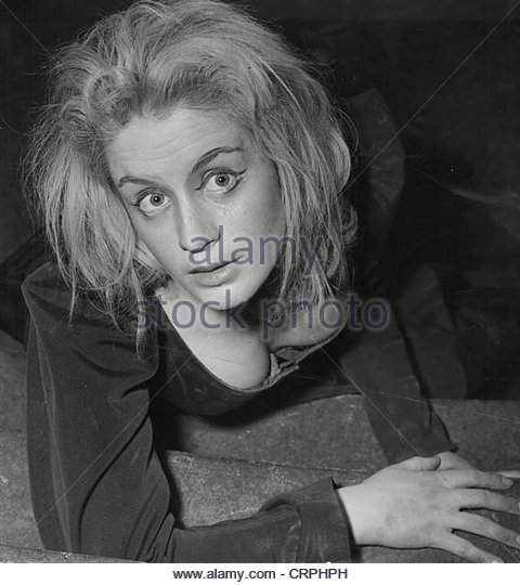 mary ure exorcista