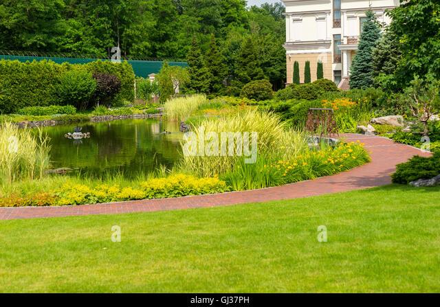 Landscape design bushes stock photos landscape design for Different landscape design
