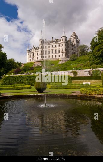 Dunrobin castle stock photos dunrobin castle stock for Castle gardens pool