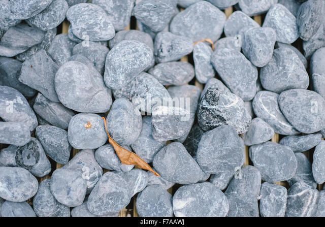 Gravel floor stock photos gravel floor stock images alamy for Smooth stones for landscaping