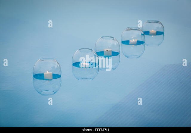 Floating Candles Stock Photos Floating Candles Stock Images Alamy