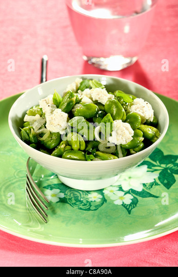 Broad bean and ricotta salad - Stock Image