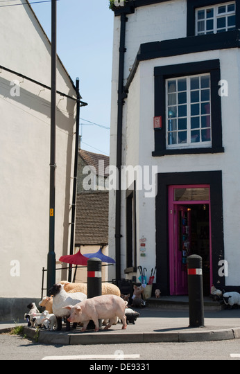 Old sheep shop stock photos old sheep shop stock images alamy - Broc a brac 51 ...