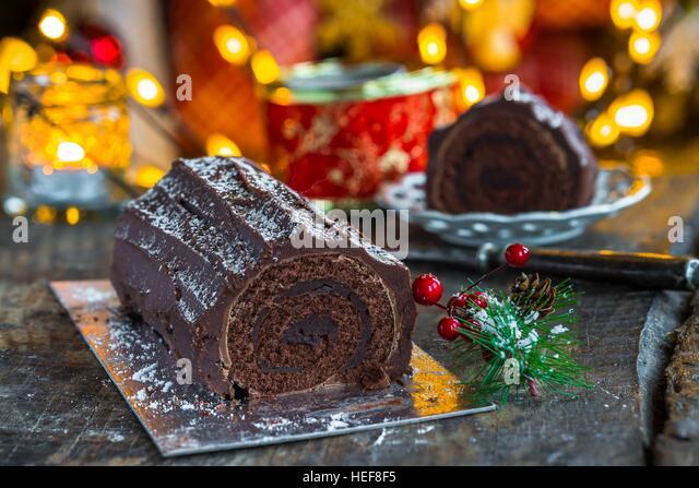 Yule Log Chocolate Stock Photos & Yule Log Chocolate Stock Images ...