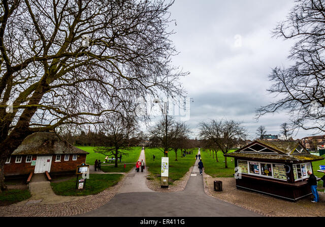 Cambridge jesus green uk stock photos cambridge jesus green uk stock images alamy for Jesus green swimming pool cambridge