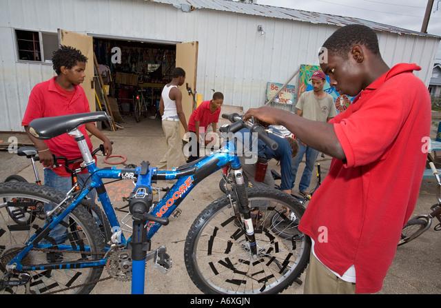 how to run a bike shop