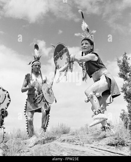gallup guys Gallup (navajo: na'nízhoozhí) is a city in mckinley county, new mexico, united states, with a population of 21,678 as of the 2010 censusa substantial percentage of its population is native.