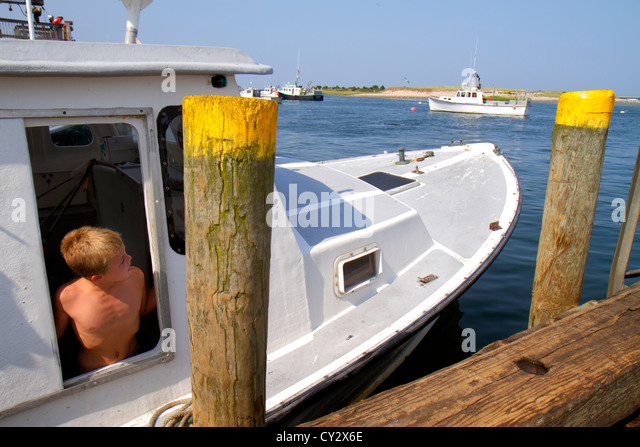 Chatham pier stock photos chatham pier stock images alamy for Commercial fishing jobs