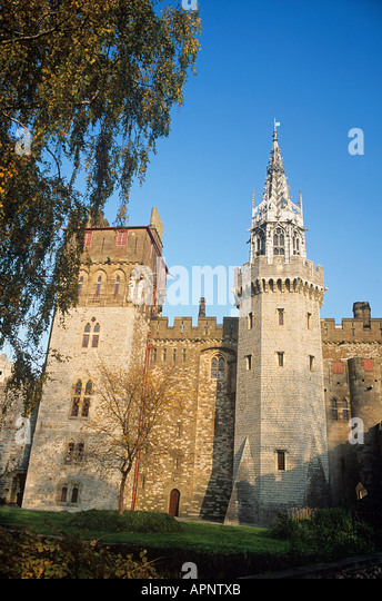 19 top cardiff castle - photo #41