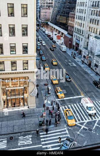 57th Street And 5th Avenue Stock Photos Amp 57th Street And