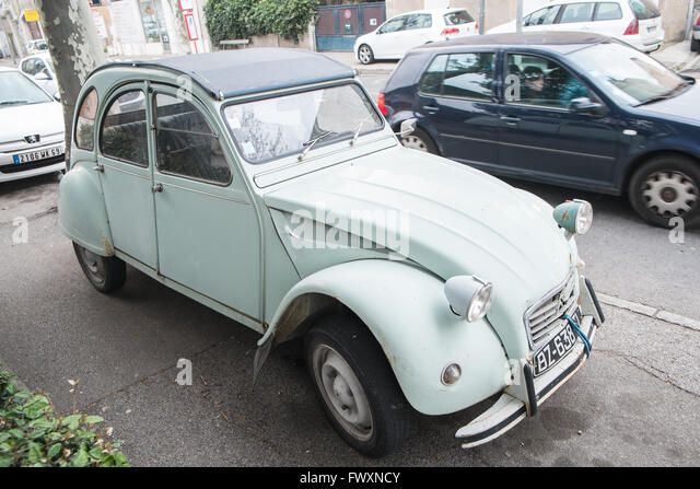 2cv france stock photos 2cv france stock images alamy. Black Bedroom Furniture Sets. Home Design Ideas