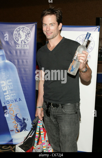 michael muhney coming back