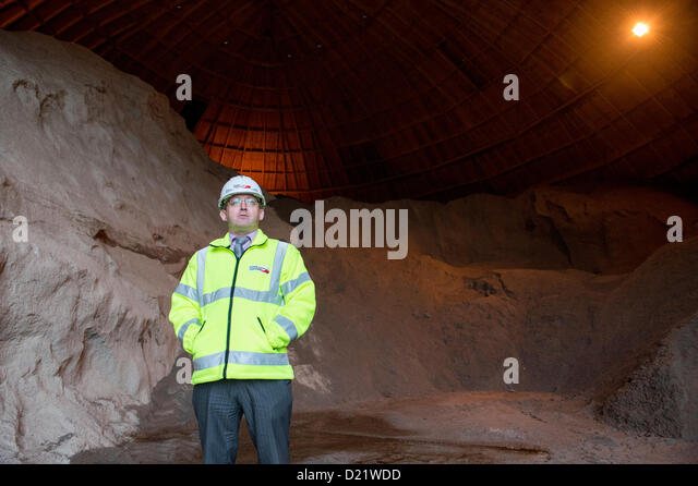 Road salt storage stock photos road salt storage stock for Depot bergisch gladbach