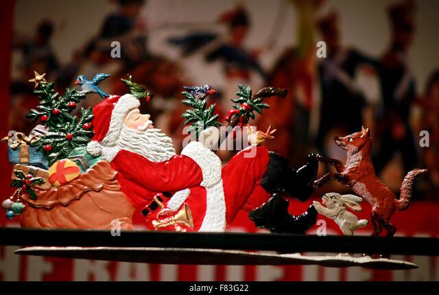Schaufensterdekoration stock photos schaufensterdekoration stock images alamy - Schaufensterdekoration weihnachten ...
