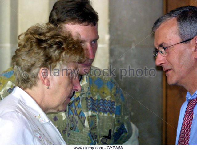 ... Bertrand Becker (R) who represents Patrick Dils at - Stock Image