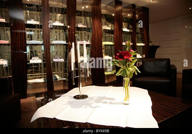 kiton stock photos kiton stock images alamy. Black Bedroom Furniture Sets. Home Design Ideas