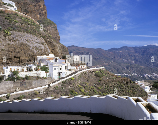 Cave houses on gran canaria stock photos cave houses on - Houses in gran canaria ...