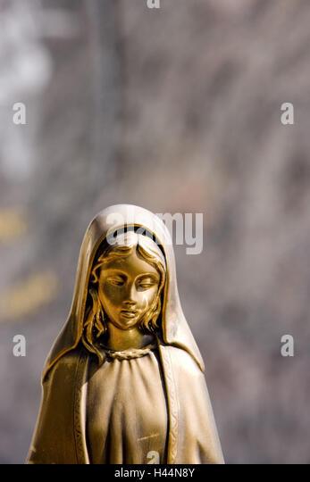 casolaro point barletta statue - photo#15