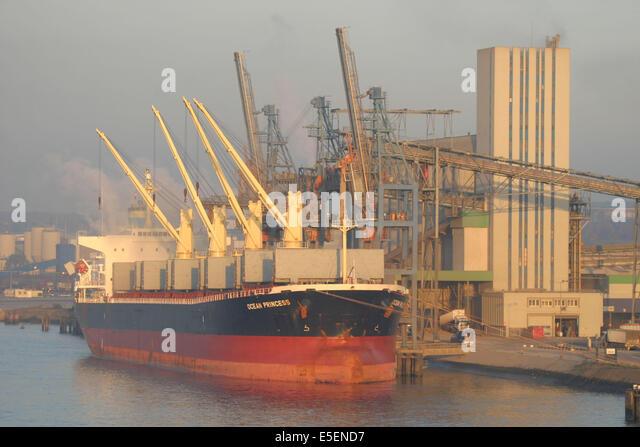 Silo senalia stock photos silo senalia stock images alamy - Grand port maritime de rouen ...