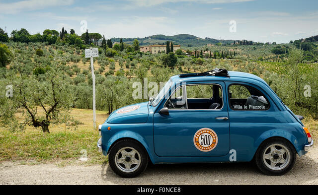 vintage fiat 500 stock photos vintage fiat 500 stock images alamy. Black Bedroom Furniture Sets. Home Design Ideas