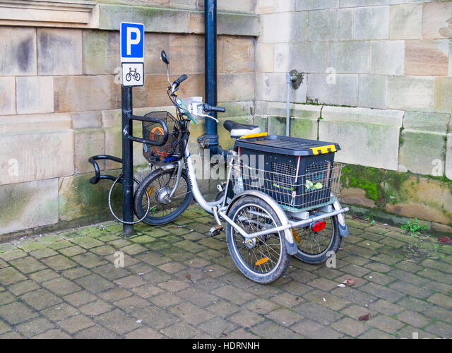 Carrier Tricycle Stock Photos & Carrier Tricycle Stock ...