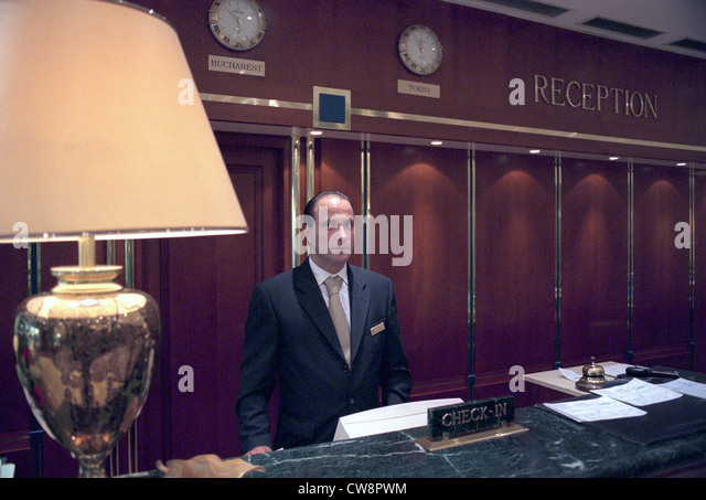 Receptionist casino london