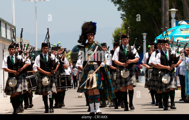 american pipe band stock photos american pipe band stock images alamy. Black Bedroom Furniture Sets. Home Design Ideas