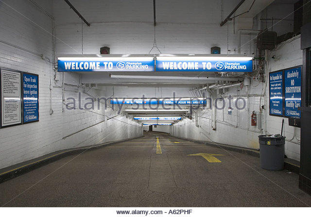Underground parking signs stock photos underground for Ny city parking garages