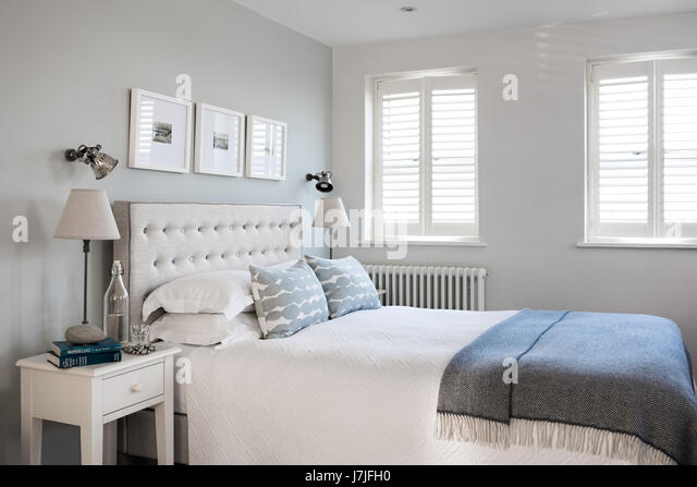 Bedside Wall Lights Stock Photos & Bedside Wall Lights Stock Images - Alamy