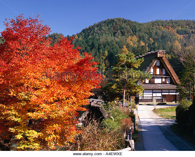 how to get to hida folk village from takayama