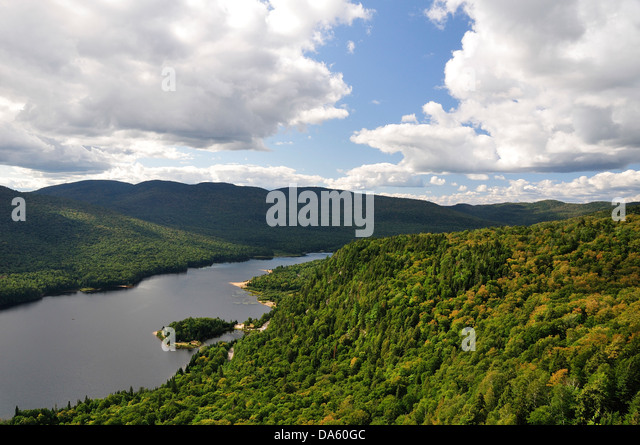 Quebec trees shadows stock photos quebec trees shadows for Lac miroir mont tremblant