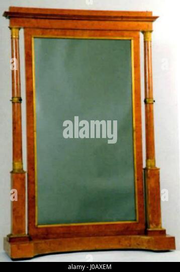 Ecran stock photos ecran stock images alamy for Ecran miroir tv