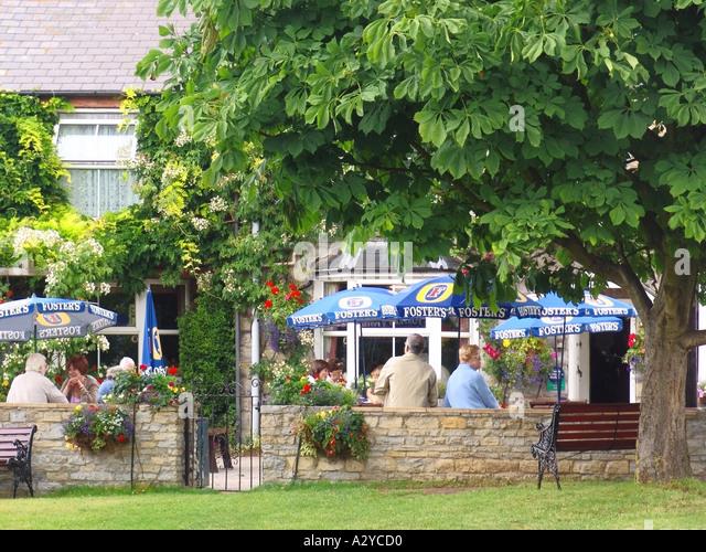 Pub Food Near Alcester