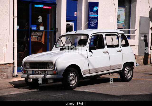 Renault stock photos renault stock images alamy for Garage renault flins