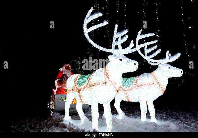 angarrack christmas lights switch on 2018
