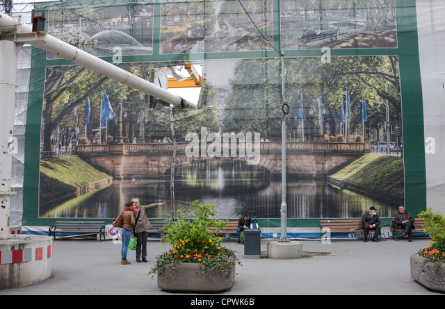 Large mural stock photos large mural stock images alamy for Construction site wall mural