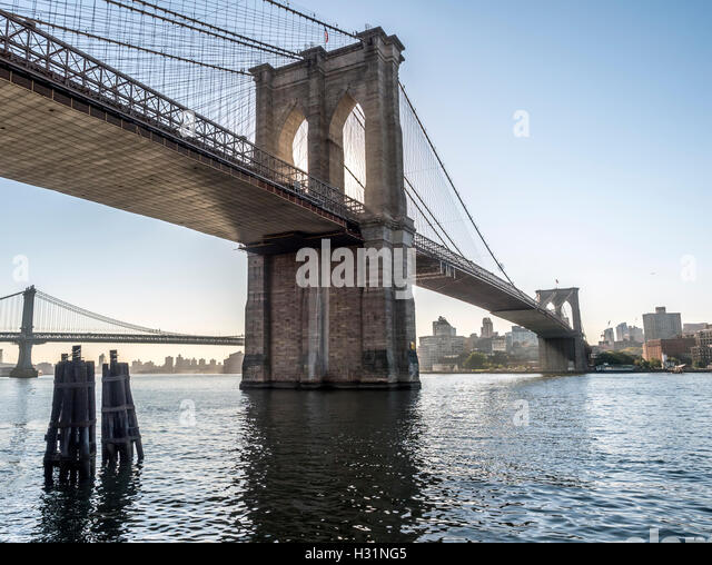 suspension bridge in nyc stock photos suspension bridge in nyc stock images alamy. Black Bedroom Furniture Sets. Home Design Ideas