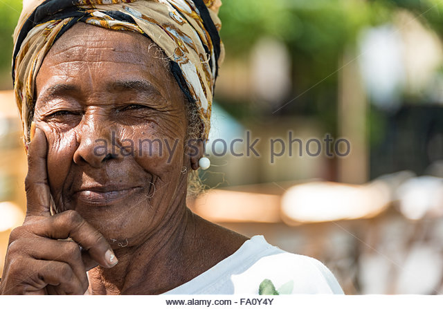 Caribbean People: Portrait Cuban Woman In Traditional Stock Photos