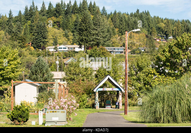 clatskanie men Tours in 2019 are filling up introducing a new tour in scotlandalthough we do enjoy returning to tried and tested destinations, we are also happy to explore new concepts.