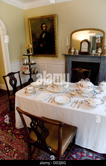 Georgian dining room stock photos georgian dining room for J pickford bathrooms