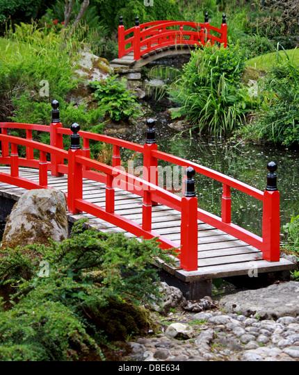 Japanese Wooden Garden Bridge exellent japanese garden bridge for your woodworking project