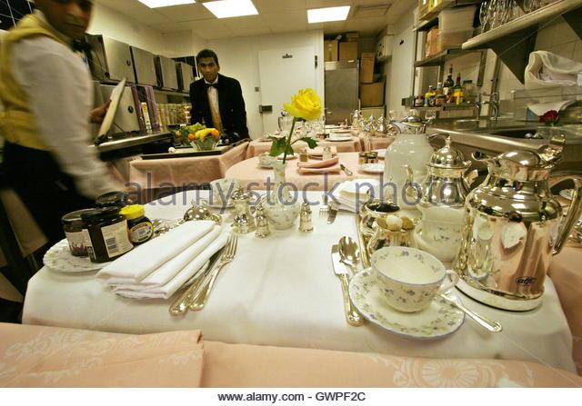 London Ritz Hotel Breakfast Room